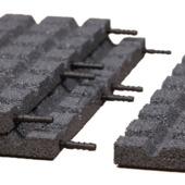 Verbindingspennen 24 stuks t.b.v. rubber- en kunstgrastegel