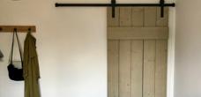 Hangdeur steigerhout
