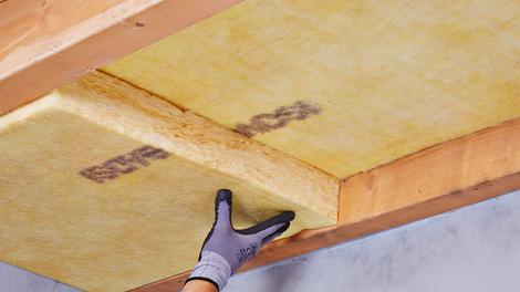 Stap - Isoleren - Kruipruimte isoleren (houten vloer, 2 lagen)