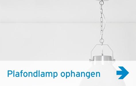 Plafondlamp ophangen