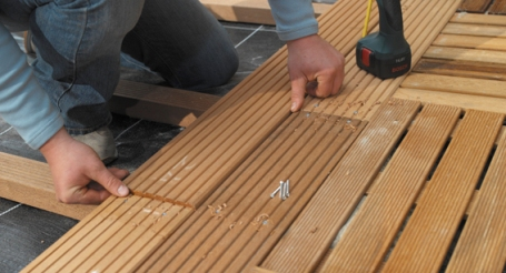 Houten Tegels Balkon : Houten terras op balkon of plat dak gamma