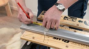 Jaloezie aluminium idd - maat aftekenen op boven- en onderbalk