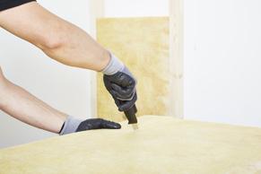 Stap 5 - Isolatieplaat snijden en plaatsen